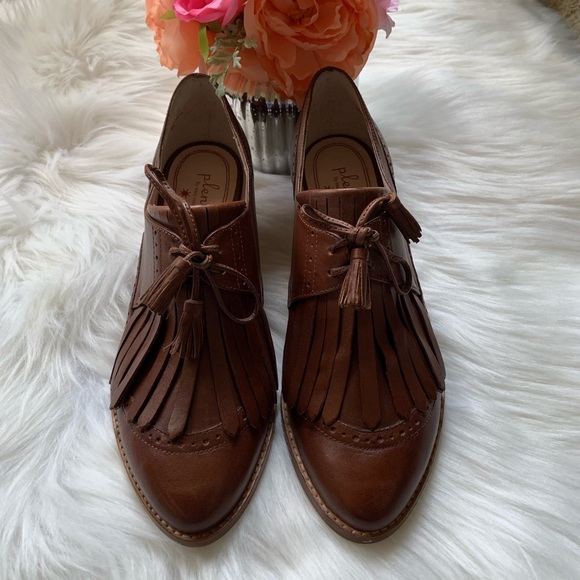 Plenty by Tracy Reese Shoes - Plenty by Tracy Reese leather cognac shoe, size 38